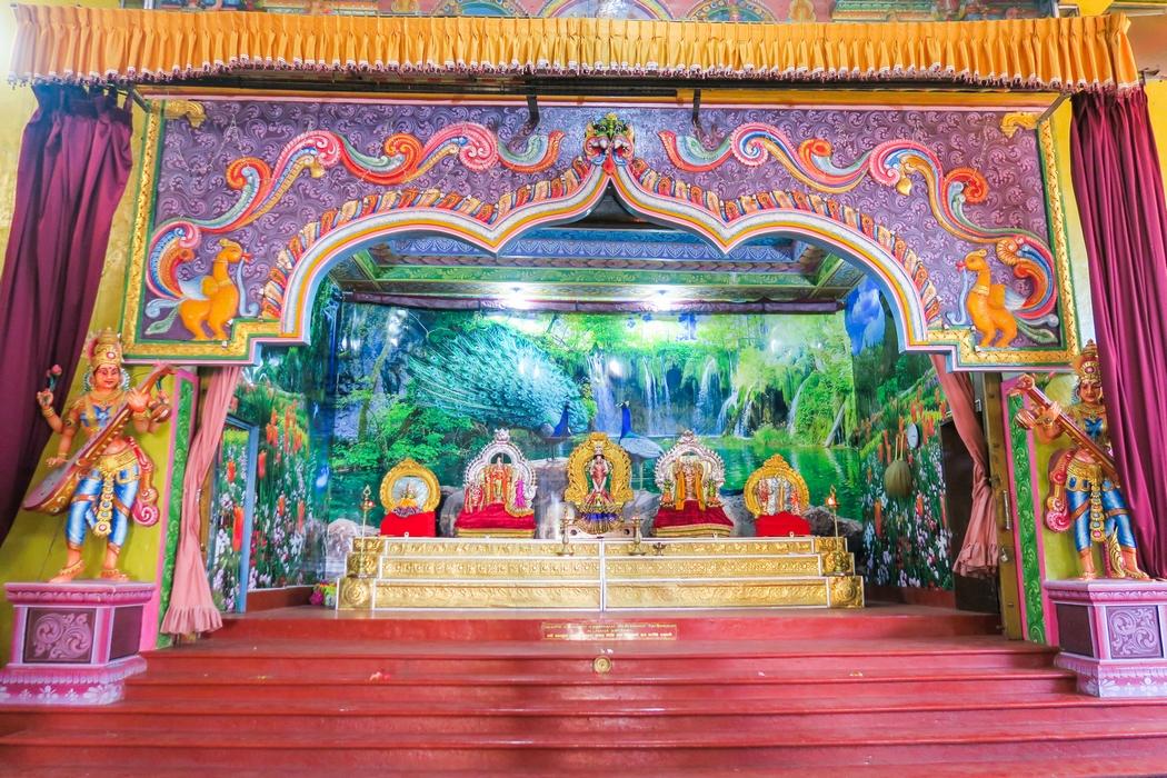 sri-lanka-circuit-matale-sri-muthumariamman-temple02