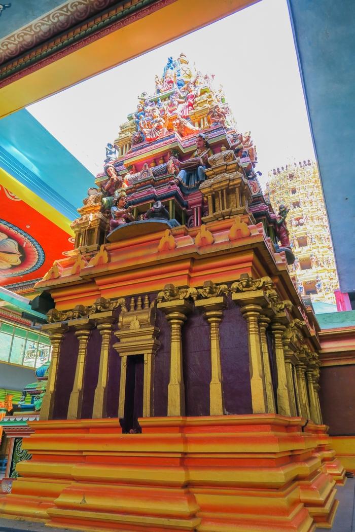 sri-lanka-circuit-matale-sri-muthumariamman-temple03