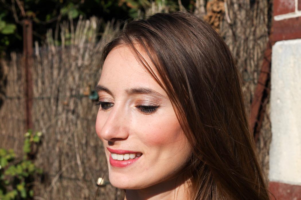 Devenir végane peut paraître compliqué et contraignant, surtout pour trouver du bon maquillage... Quand on sait où chercher, on trouve aisément de très bons produits qui sont à la fois végane et cruelty free. Les boutiques AyaNature et Vegan-Mania proposent des marques de make-up végane canon telles que Lily Lolo (minéral), Nabla Cosmetics, Lavera (bio), Zao… Go Vegan ! 