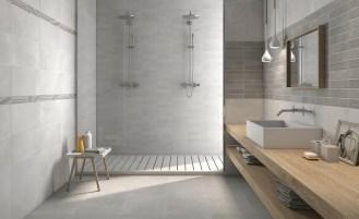A quoi ressemble la salle de bain idéale ? Celle qui est à la fois écologique et moderne, et dans laquelle on passerait bien deux heures à barboter, se gommer, se masser, se chouchouter ? Bien pensée, agencée avec soin, décorée avec style, elle est belle, fonctionnelle, lumineuse et épurée. C'est la salle de bain minimaliste et zéro déchet.