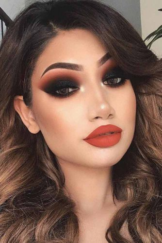 +20 Exquisite Smokey Eye Looks for Daring Girls