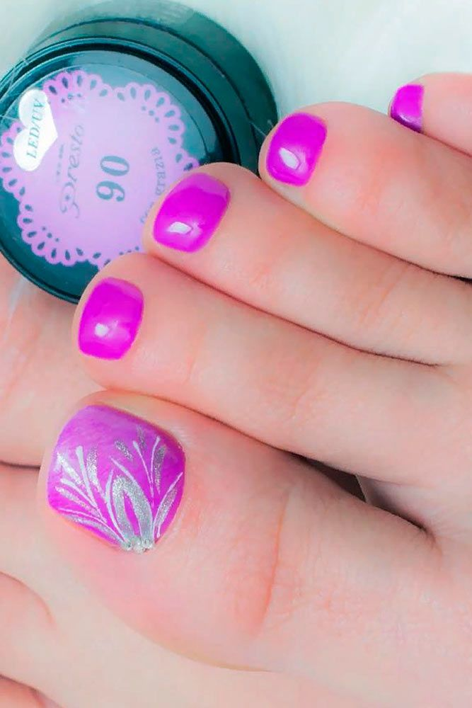 Nail Designs For Truly Fashionable Chicks Who Follow The Trends