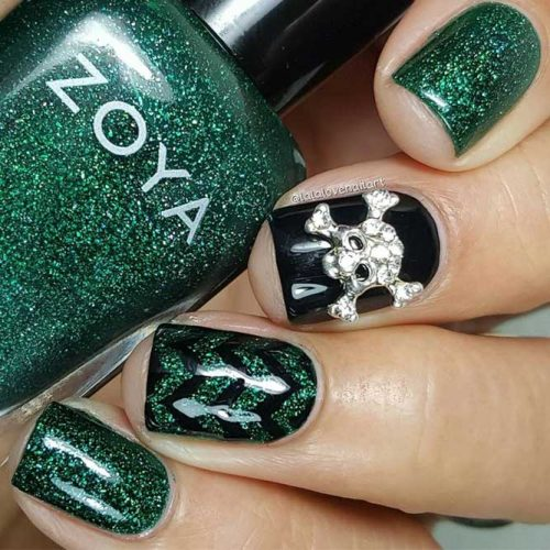 Sparkly Nail Art with Skull Accent