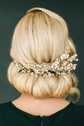 Greek Style Updo For A Special Occasion #blondehair #hairaccessory