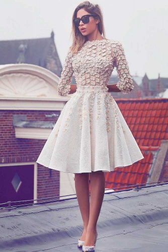 ¾ Sleeves Wedding Dress with Floral Decor #modernweddingdress #floralweddingdress