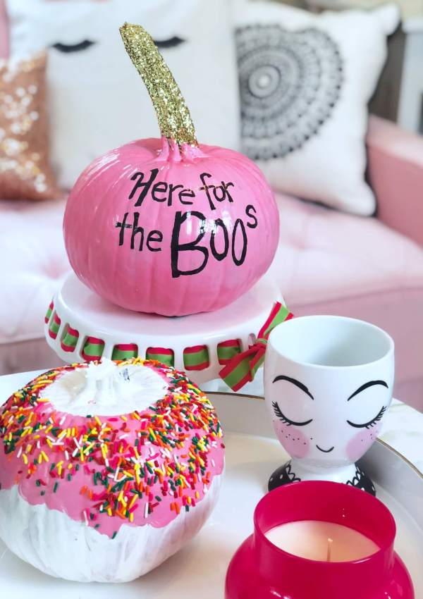 Quick, Cute & Chic Pumpkin Painting Ideas for Halloween!