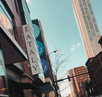 Eataly Sign