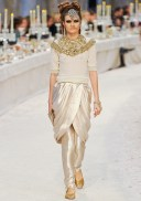Chanel Métiers d'Art 2012 Bombay Collection 044