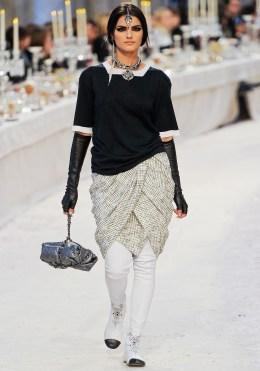 Chanel Métiers d'Art 2012 Bombay Collection 075