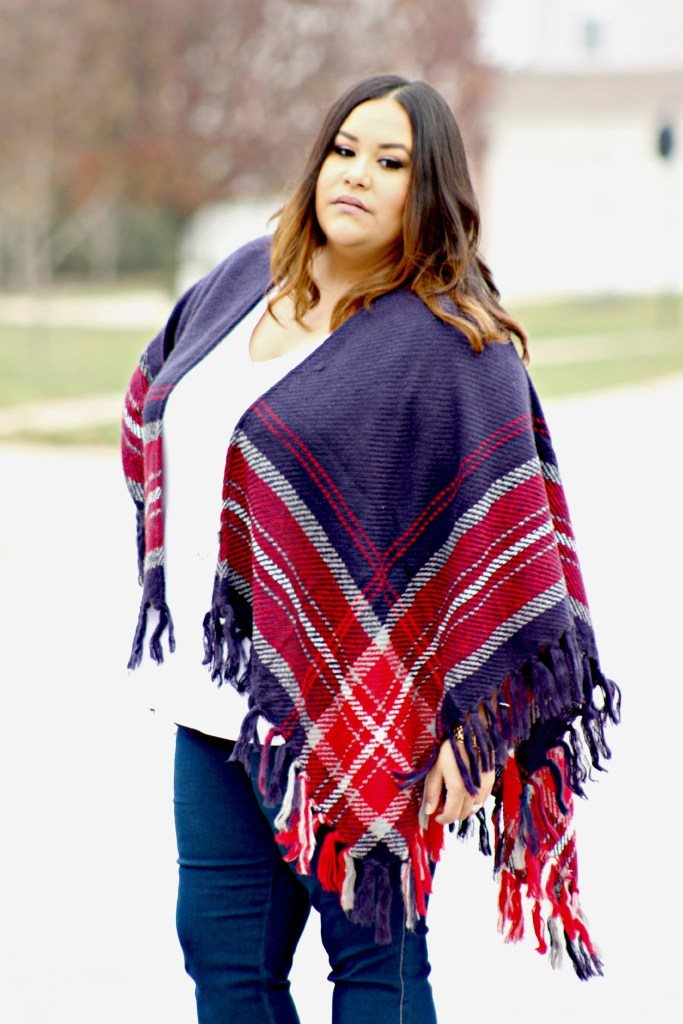 Plus size, Street Style, Plus size Outfit, Plus Size Poncho