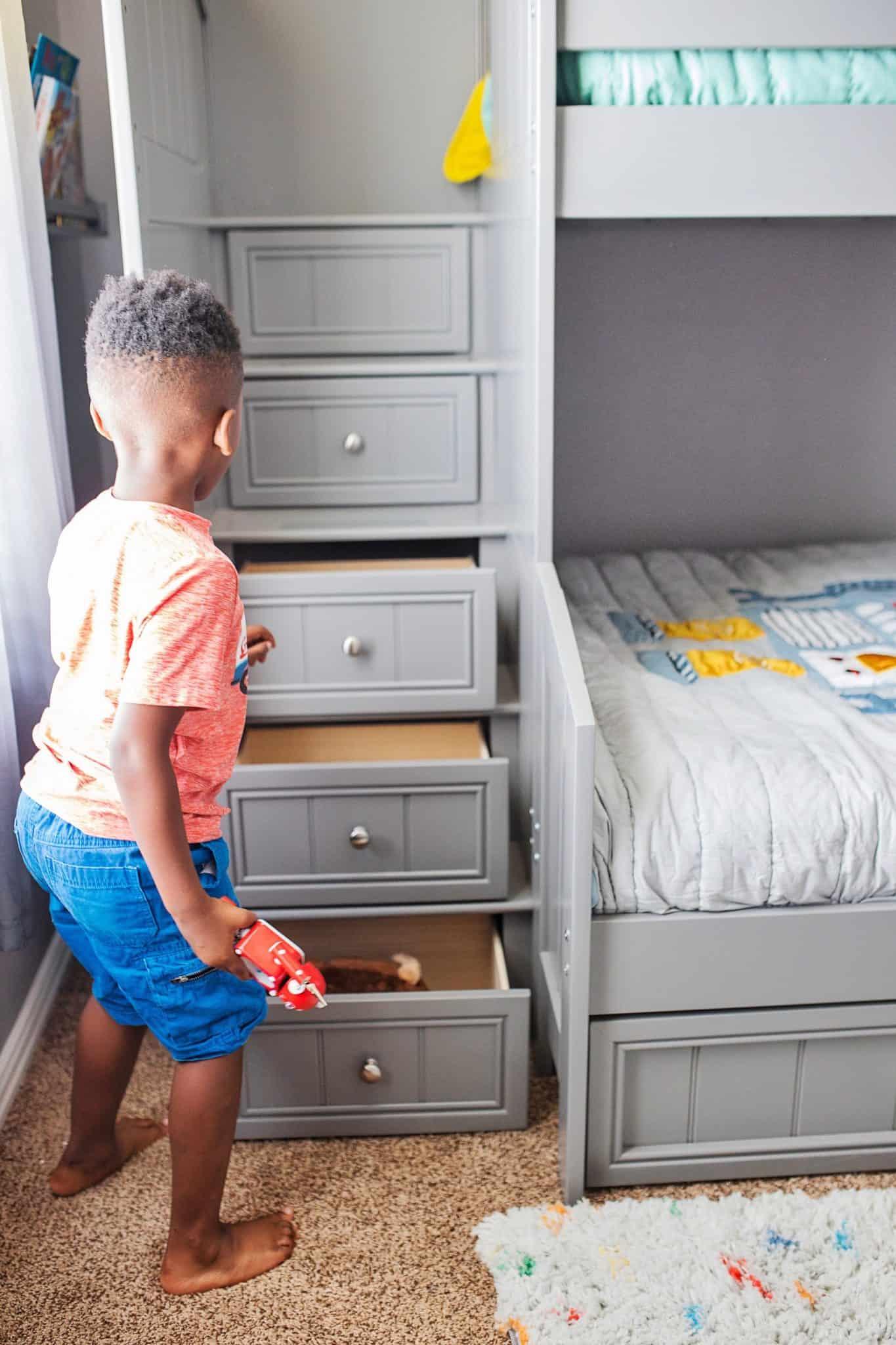 Boys Bunk Bed Room Ideas Robot Theme Glamorous Versatility