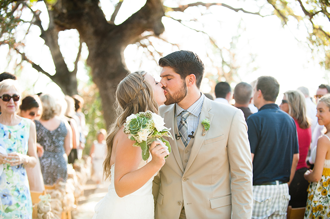 rustic succulent wedding | Carmen Salazar Photography