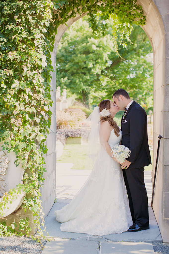 vintage burgundy wedding | Kristin La Voie Photography