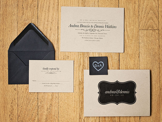 black and craft paper invitations | markit photography