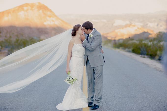 glam desert bridals | Kristin La Voie Photography