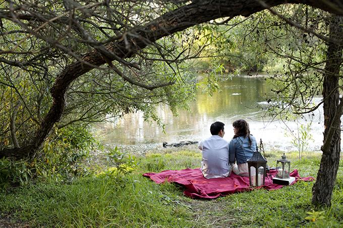 sweet picnic engagement | Cory Kendra Photography