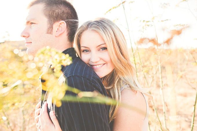 cliffside engagement | Lindsey Gomes Photography