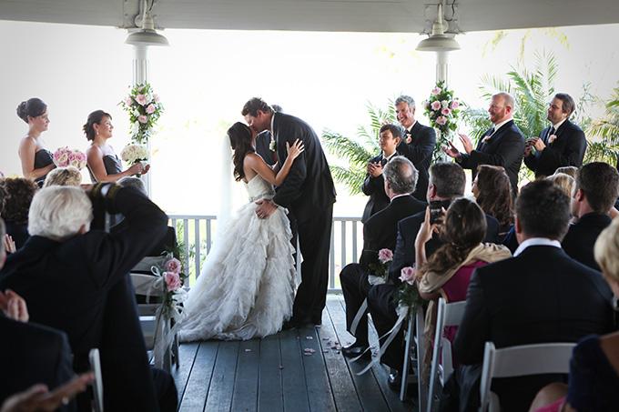 elegant pink seaside wedding | Audrey Snow
