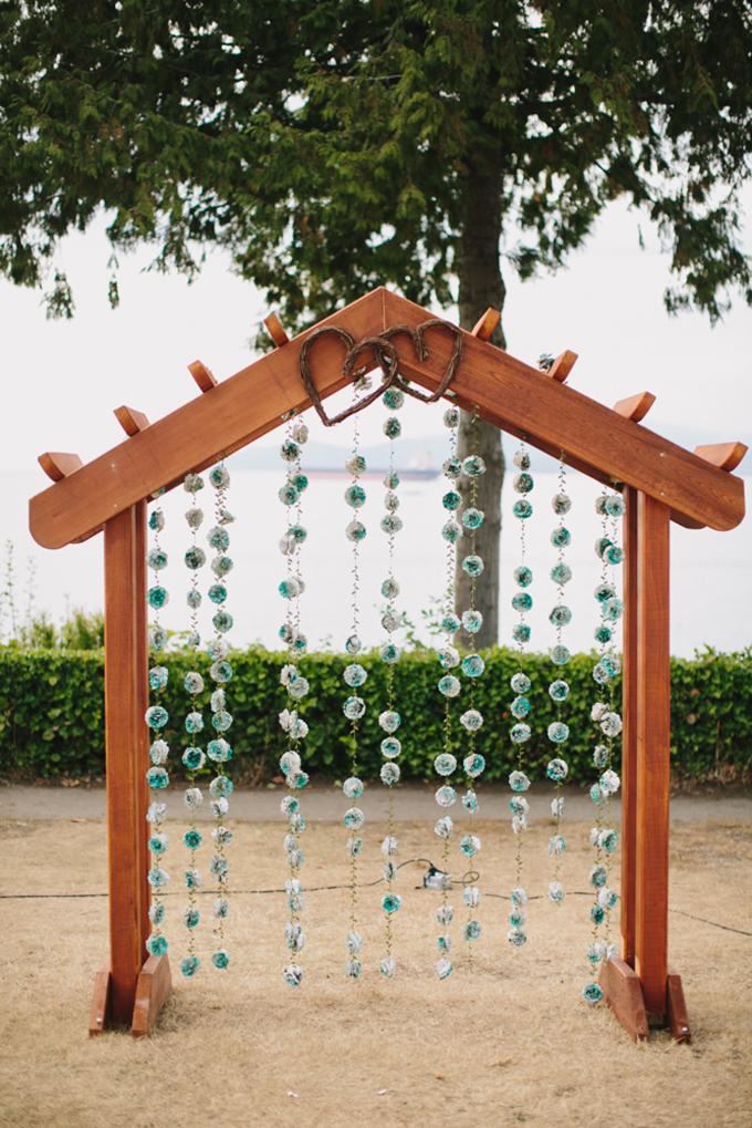 handmade ceremony arch | Jamie Delaine Photography