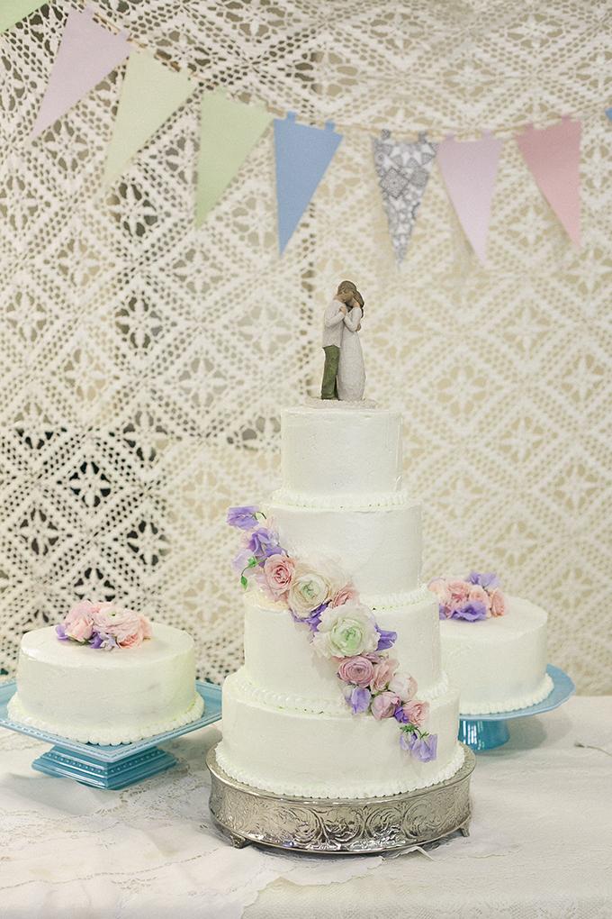 romantic blush DIY wedding   Sarah Becker Photography
