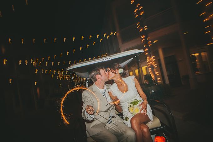 white and blue beach wedding | pure7studios