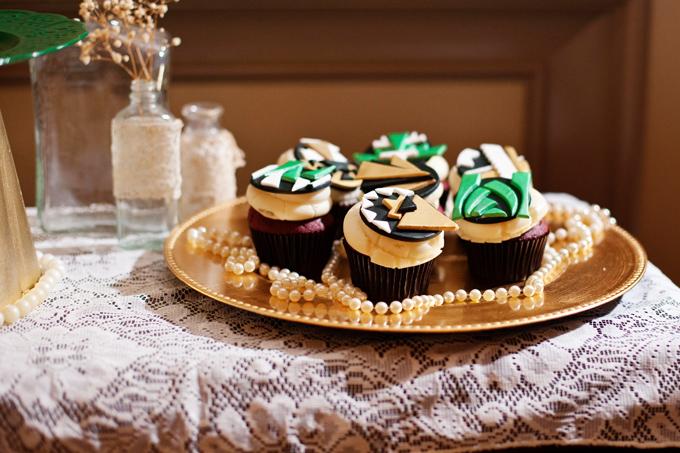 art deco emerald and gold cupcakes | Ellen Bucher Photography