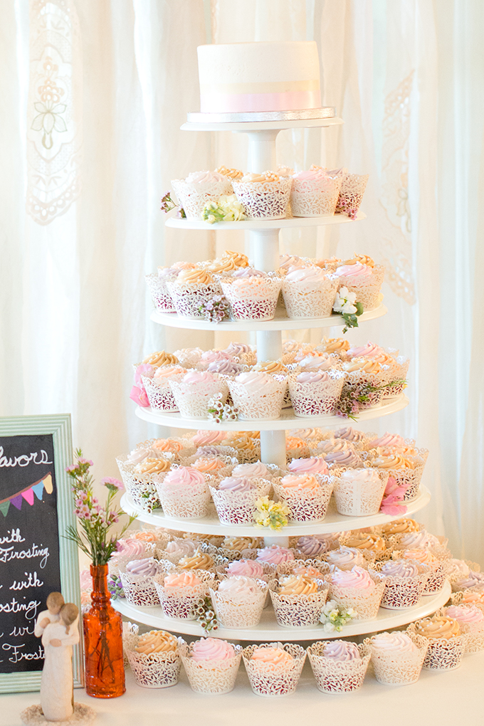 cupcake tower | Amy & Jordan Photography
