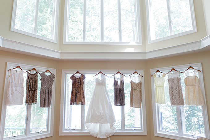 neutral vintage wedding | David Abel Photography | Glamour & Grace