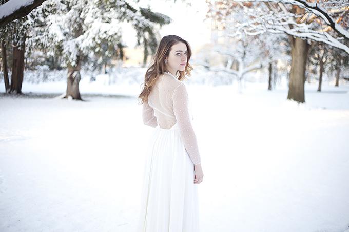 romantic winter bridals | I Heart Photos Studios | Glamour & Grace