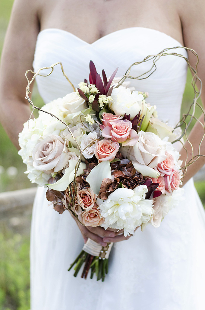 rustic fall bouquet | Green Blossom Photography | Glamour & Grace