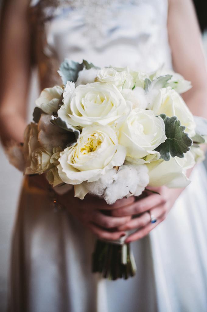 winter white bouquet by Fleur du Jour Chicago | Two Birds Photography | Glamour & Grace