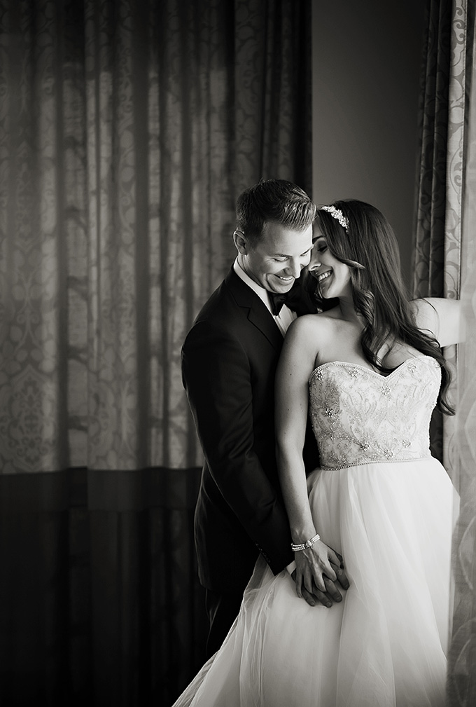 glam anniversary shoot | Limelight Photography | Glamour & Grace
