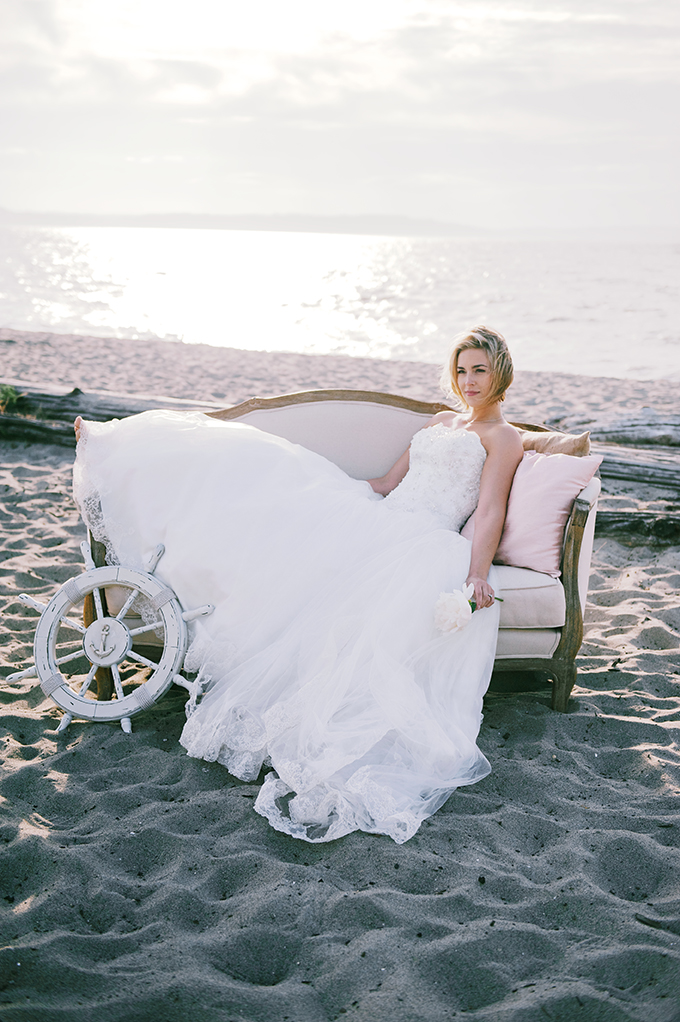 nautical bride | Simply Sonja Photography | Glamour & Grace