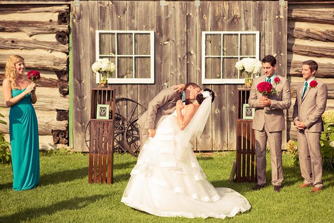 rustic DIY wedding | Kandid Weddings Photography | Glamour & Grace