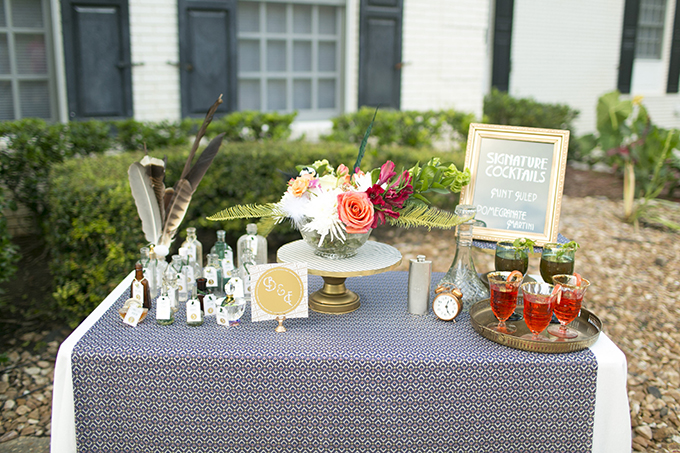 vitnage cocktail bar | Mary Fields Photography | Glamour & Grace