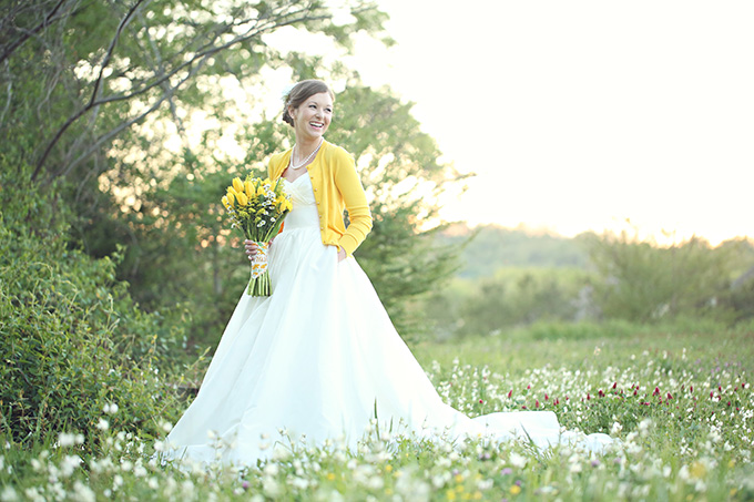 yellow bridal session | j.woodberry photography | Glamour & Grace