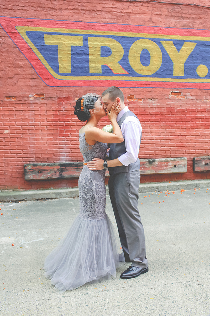 DIY brewery wedding   Keira Lemonis Photography   Glamour & Grace