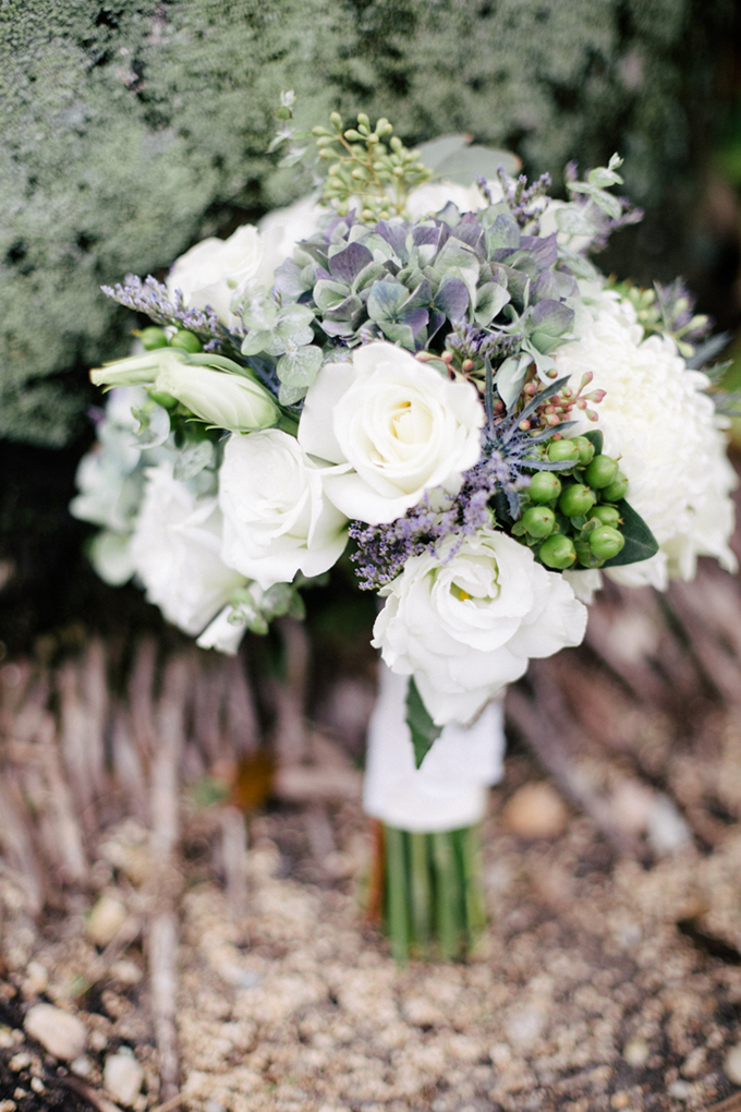 purple and white bouquet | Michelle Kristine Photography | Glamour & Grace