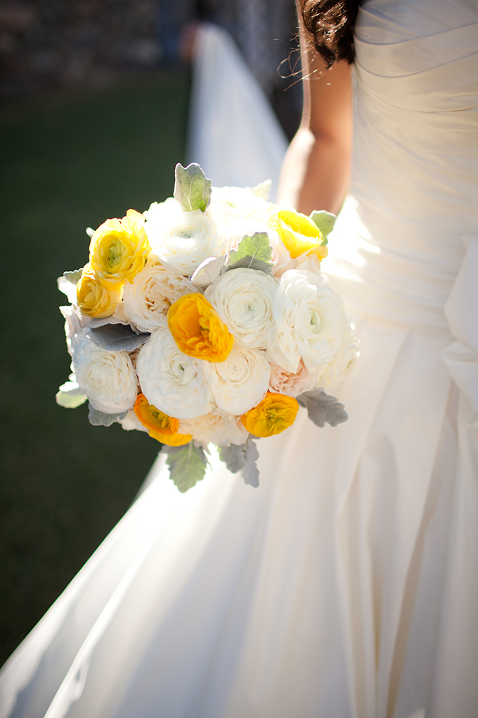 yellow and white bouquet | Stacy Kokes Photography | Glamour & Grace