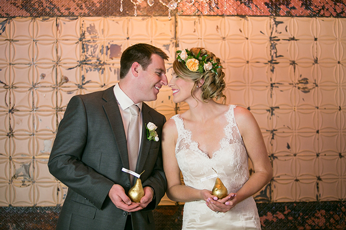 romantic gold wedding inspiration | Erin Johnson Photography | Glamour & Grace