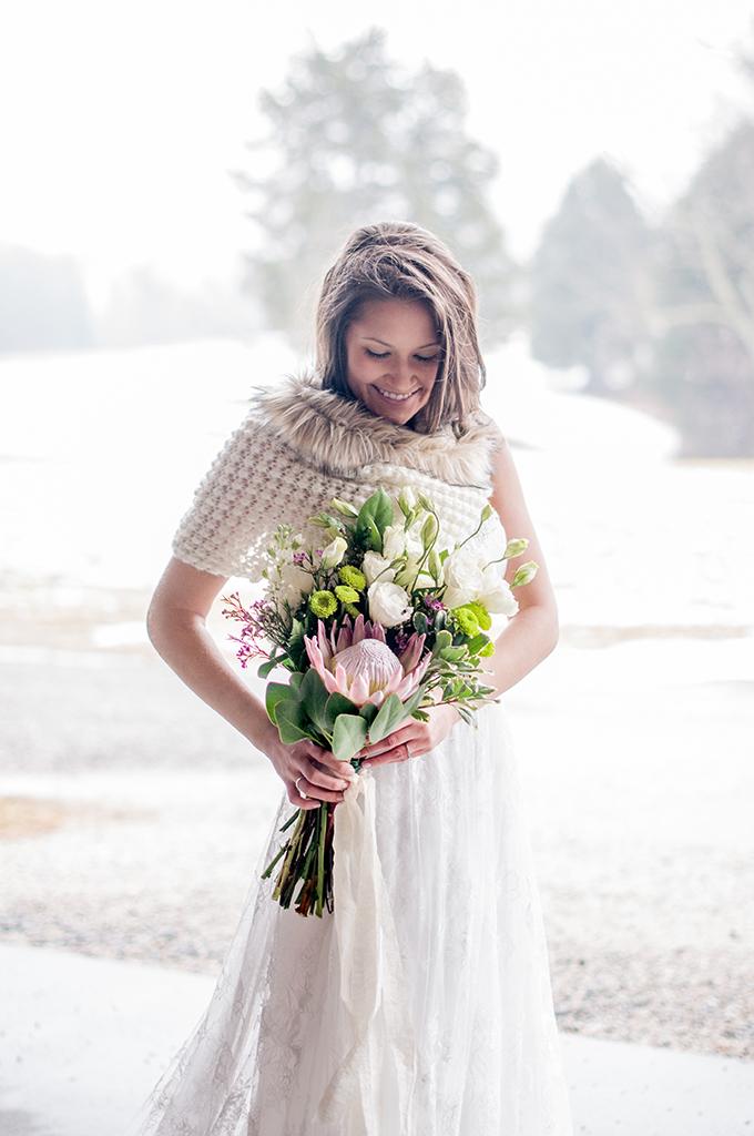 winter farm wedding inspiration | Kimberly Florence Photography | Glamour & Grace