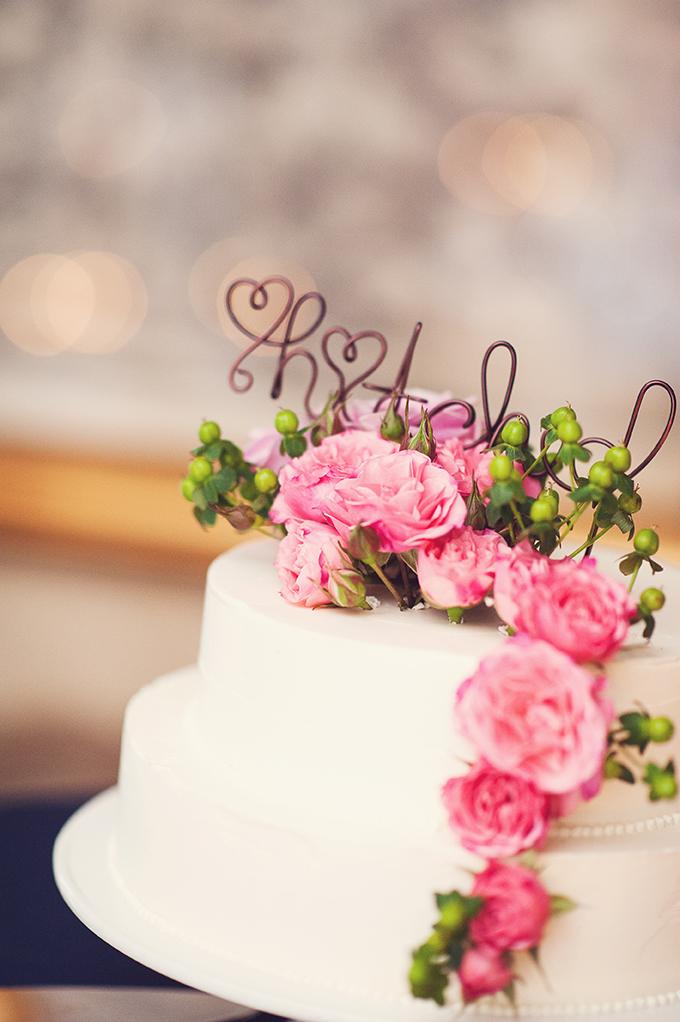 pink and white cake with cute 'hitched' topper | Sun & Sparrow Photography | Glamour & Grace