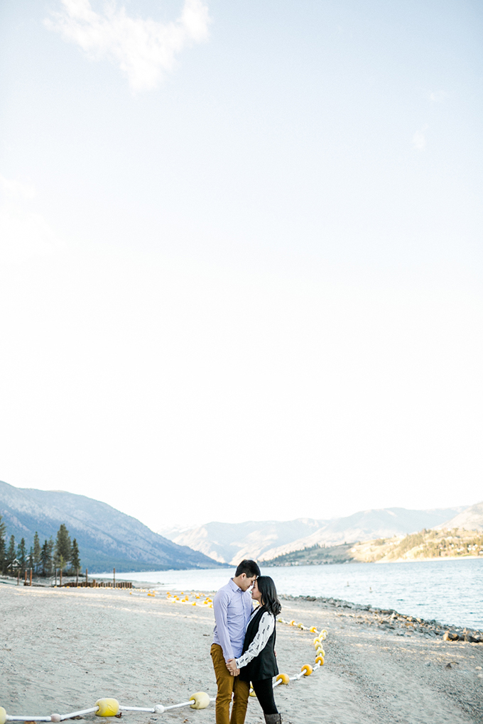 fall lakeside engagement   Jacquelynn Brynn Photography   Glamour & Grace