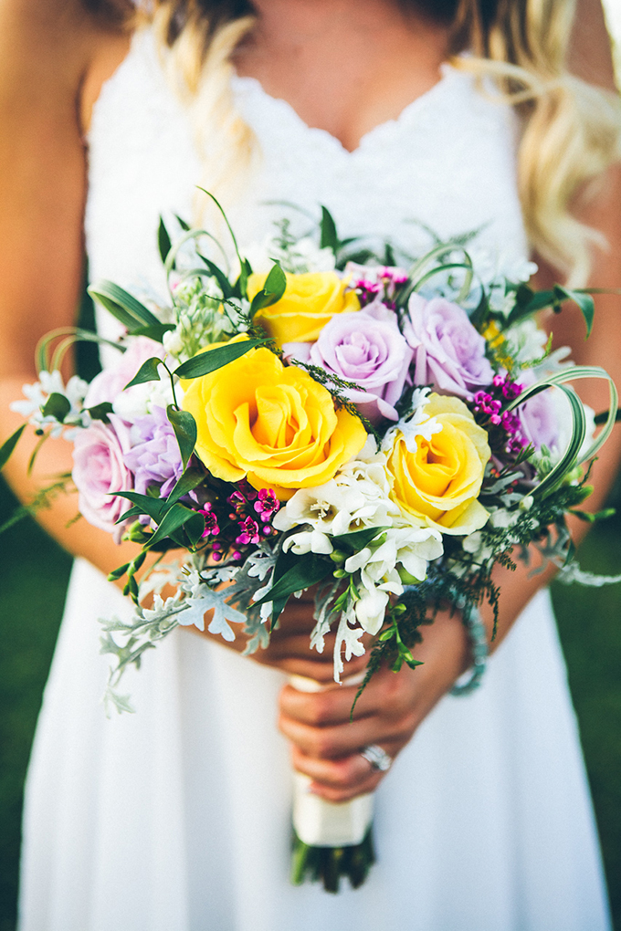 summer bouquet | High Five For Love Photography | Glamour & Grace