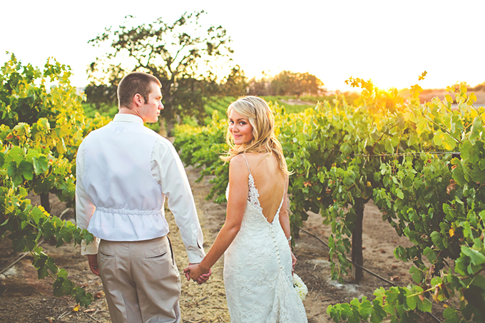 pink sequin winery wedding | Lindsey Gomes Photography | Glamour & Grace