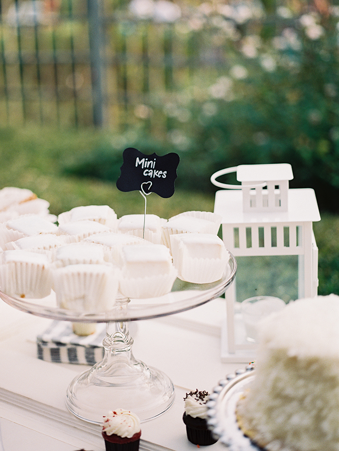 dessert table | Tracy Enoch Photography | Glamour & Grace