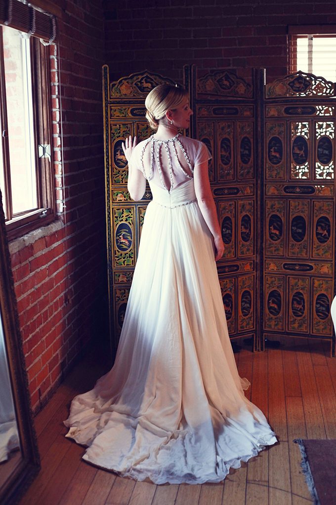 Hayley Paige gown | Lukas & Suzy VanDyke | Glamour & Grace