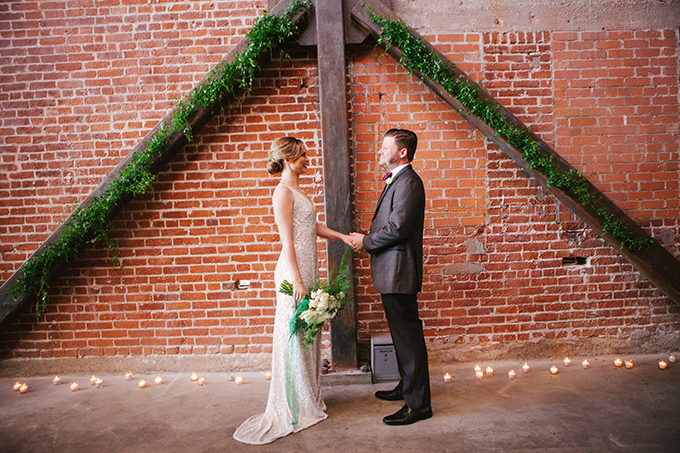 emerald New Years Eve elopement | Ashley Williams Photography | Glamour & Grace