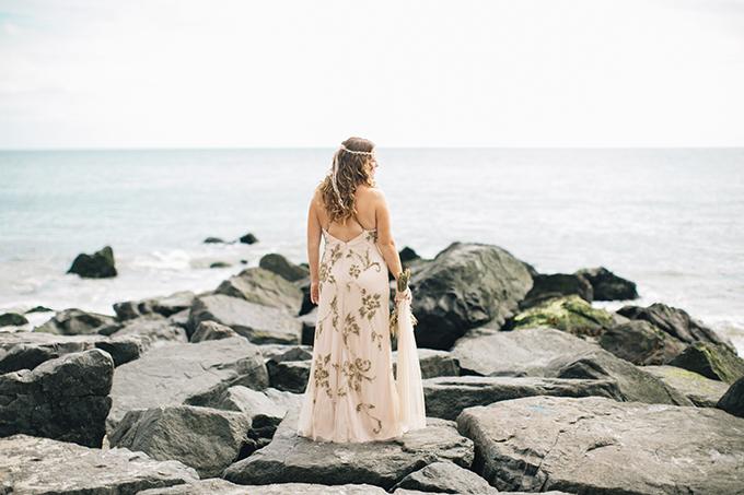 boho beach wedding | Saltwater Studios | Glamour & Grace