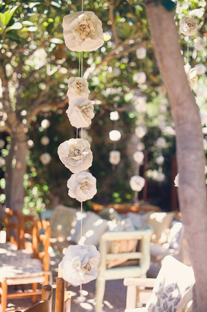 paper flower garlands | Sun & Sparrow Photography | Glamour & Grace